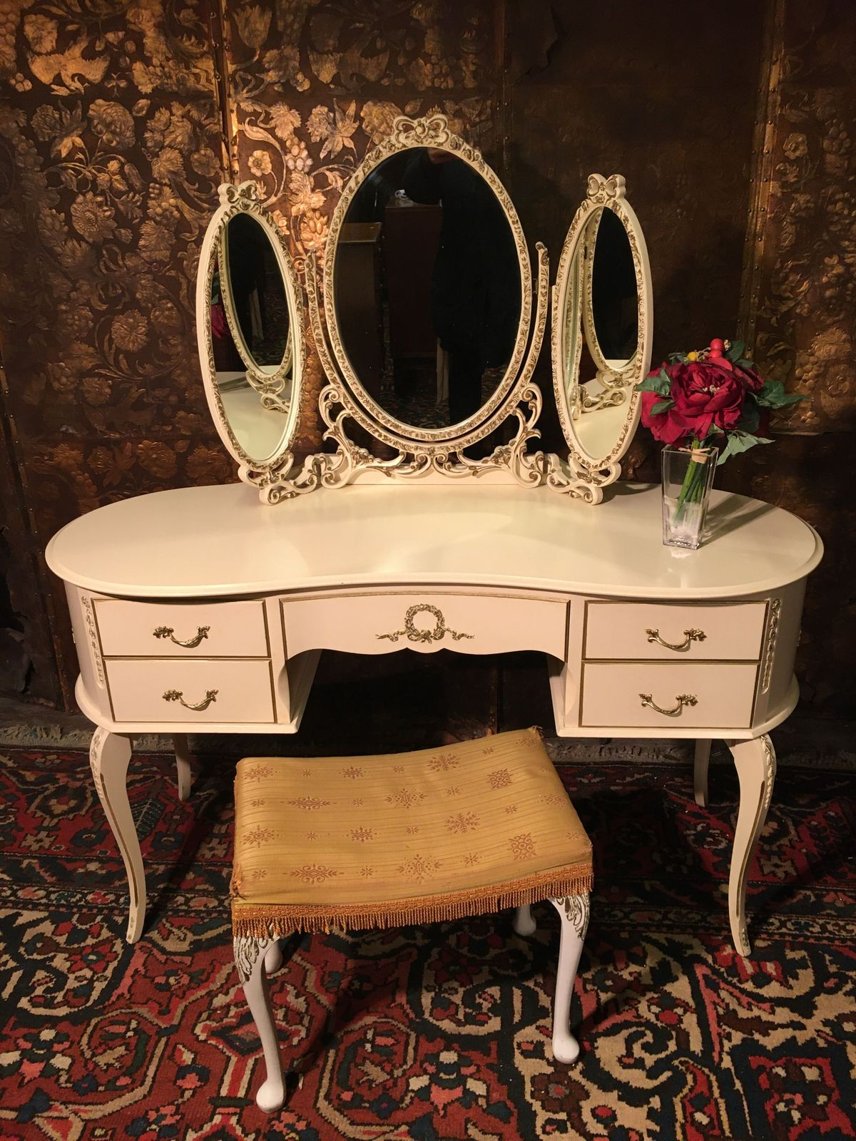 Vintage Shabby Chic Louis style 1960 Dressing Table with stool €395